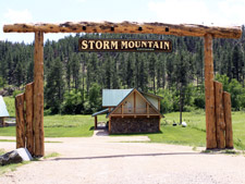 Storm Mountain Cottage Welcome Sign